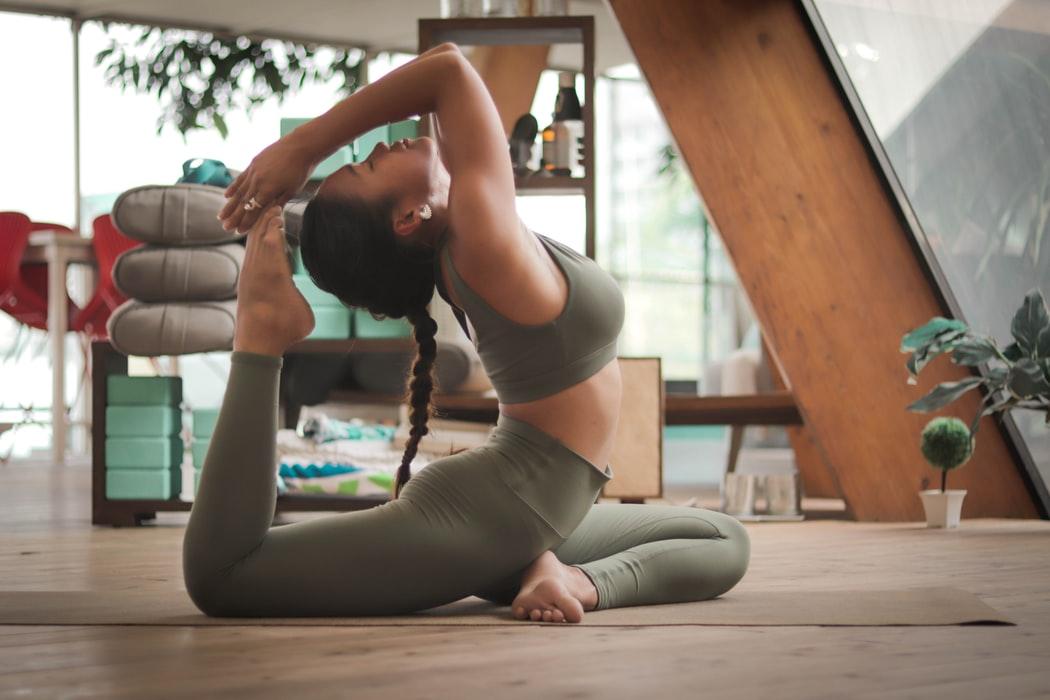 Чем опасна йога